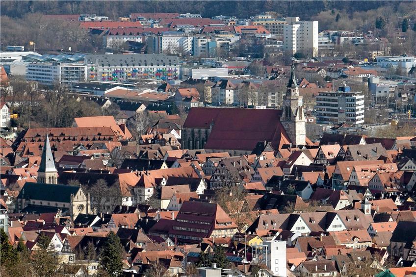 https://www.tagblatt.de/Nachrichten/Ich-schaeme-mich-ein-Schwarzer-zu-sein-371019.html http://www.tagblatt.de/Bilder/Blick-auf-Tuebingen-Bild-Metz-542311l.jpg