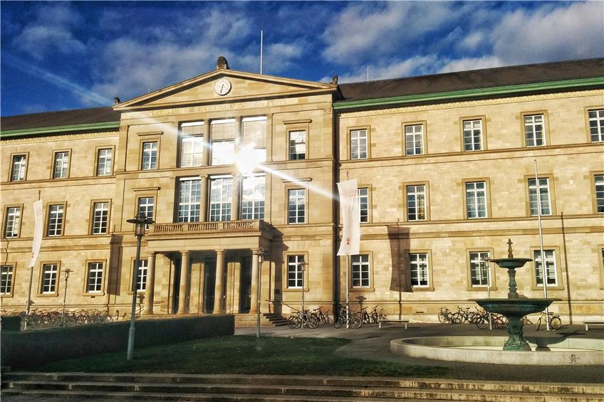 https://www.tagblatt.de/Nachrichten/Studenten-raeumen-Muell-weg-aus-paedagogischen-Gruenden-371024.html http://www.tagblatt.de/Bilder/Brecht-Bau-Bild-Metz-542299l.jpg