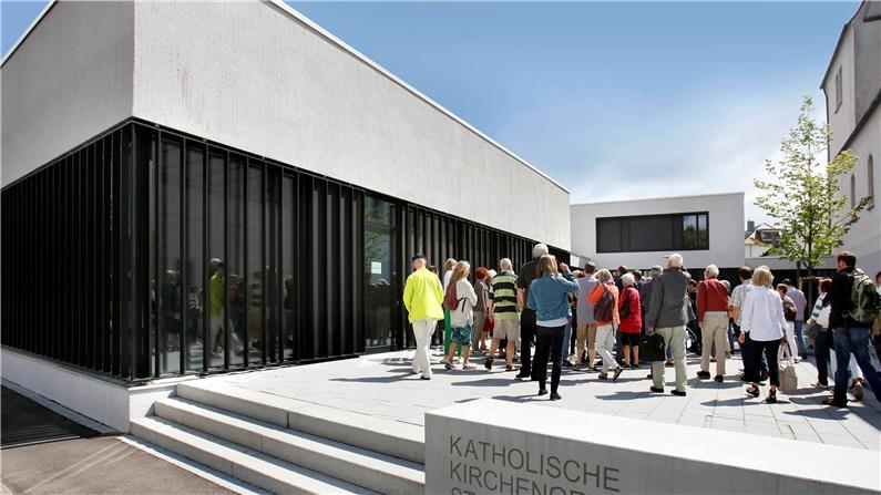 https://www.tagblatt.de/Nachrichten/Massenabbruch-einer-Klausur-wirft-Fragen-auf-376891.html http://www.tagblatt.de/Bilder/Das-Schloss-Hohenheim-das-Teile-der-Universitaet-Hohenheim-557027l.jpg