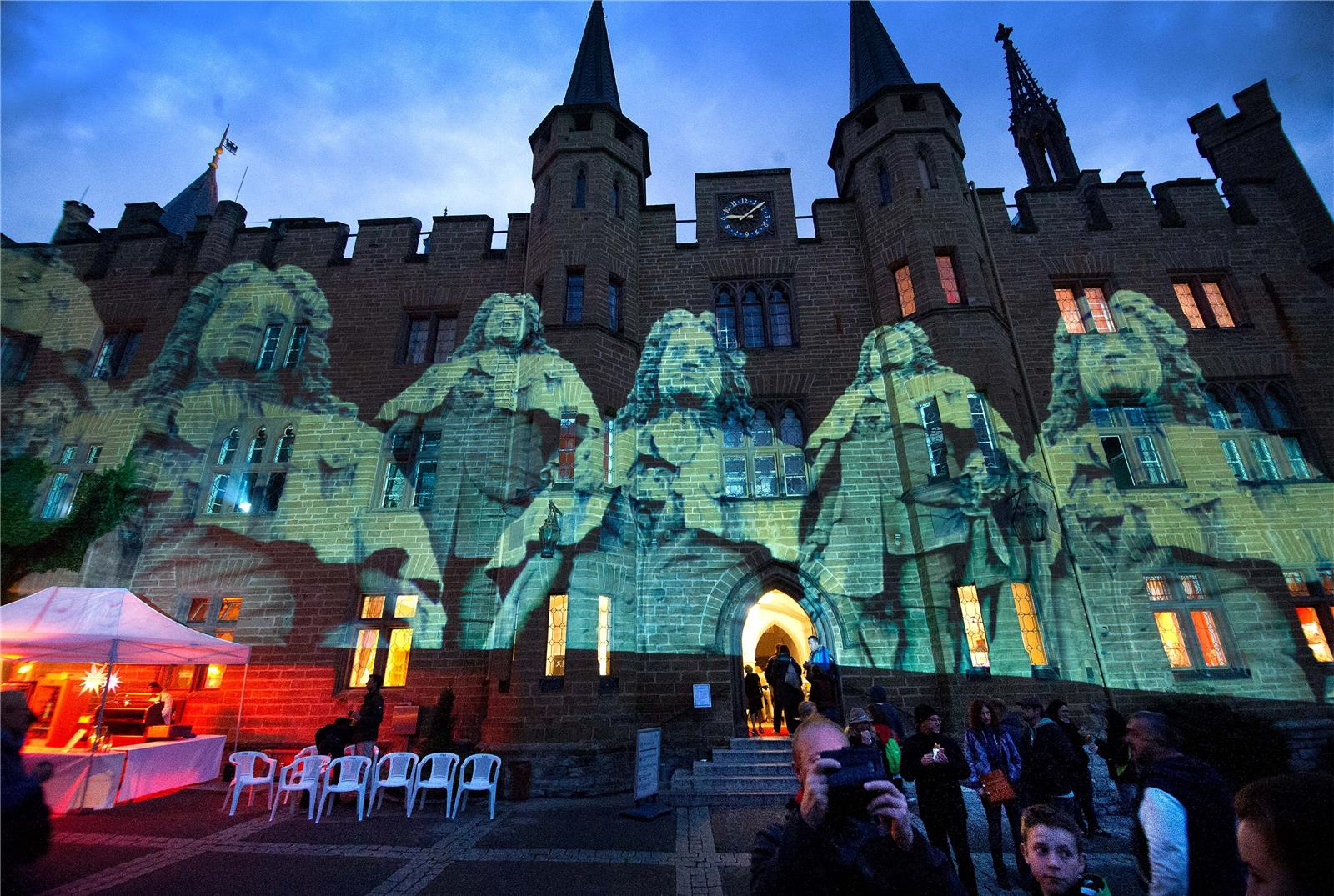 Die Sternschnuppennacht Auf Der Burg Hohenzollern Zog Am Samstag
