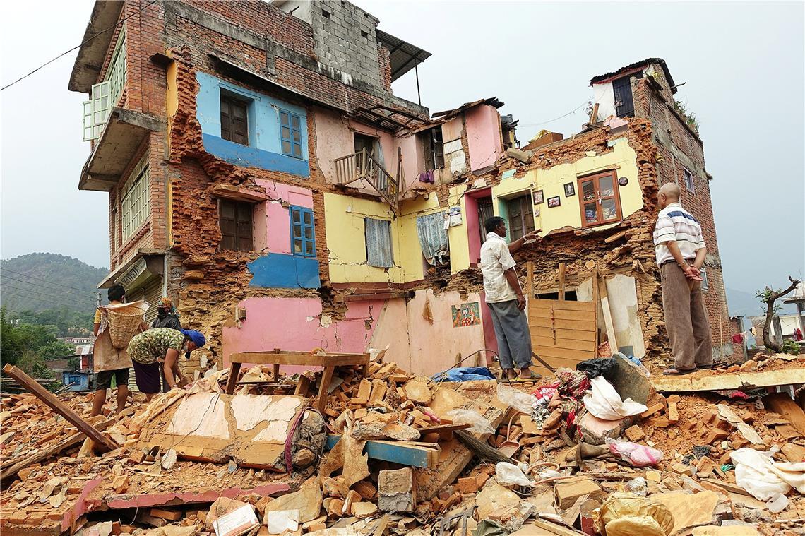 Nach Den Beben Matthias Baumann Baut In Nepal Schulen Und Krankenhaus